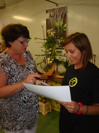 CED-finistere_Mylène Ganzinila gagnante félicitée par le présidente régionale Christine Le gall
