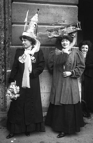 Catherinettes,_Paris,_1909
