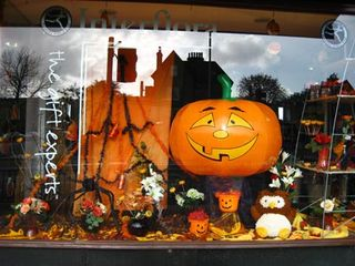 halloween fleuriste Interflora UK_02