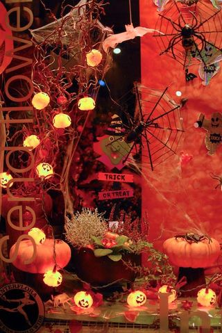 halloween fleuriste Interflora UK_03