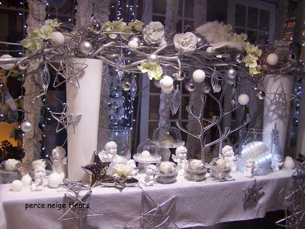 Decoration vitrine noel pour fleuriste blog photo de no l 2018 - Decoration vitrine de noel fleuriste ...