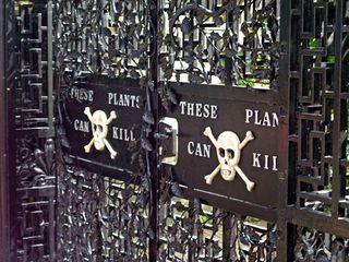 Jardin des poisons entrée