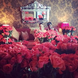 10 000 roses