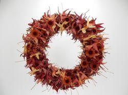 Christine de Beer watch-the-leaves-turn-floral-art-design 01