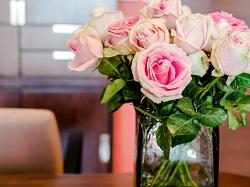 Secrétaire-roses