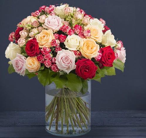 Roses interflora prestige bouquet sentiments distingués
